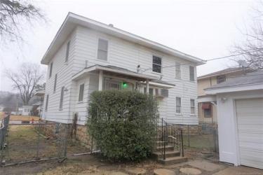 611 W Gentry Street, Henryetta, OK 74437